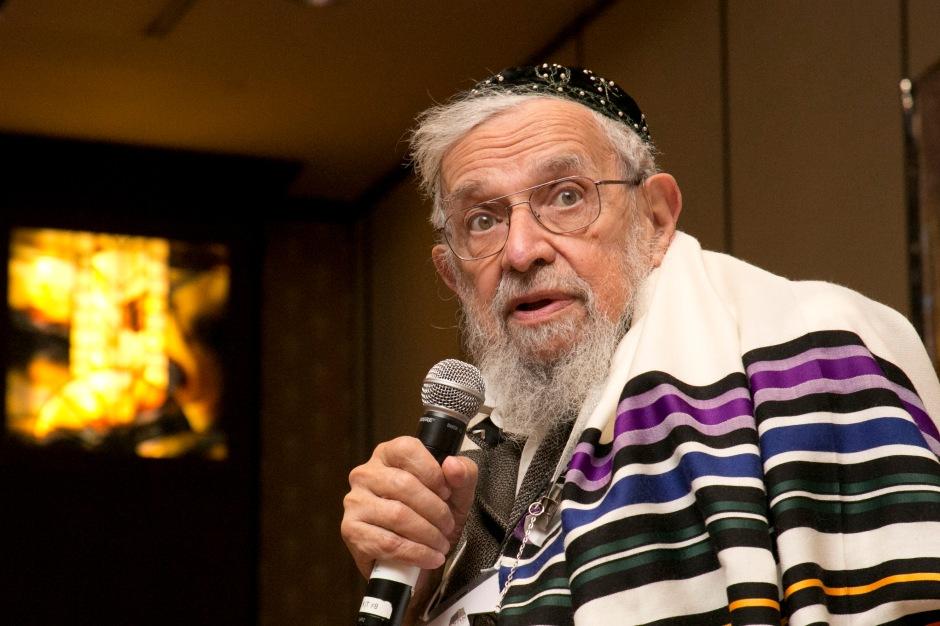 Reb Zalman speaking at OHALAH conference