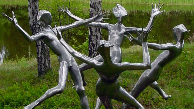 "The statue of Nandor Wagner ""Four Children"" 1964"